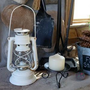 Vintage Meva #864 Kerosene Lantern